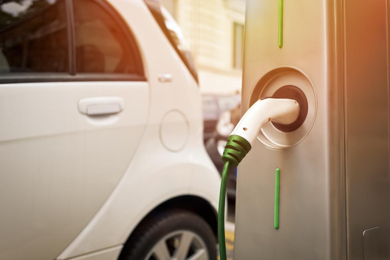 Hoelang Gaat De Batterij Van Een Elektrische Auto Mee Allianz Assistance Blog